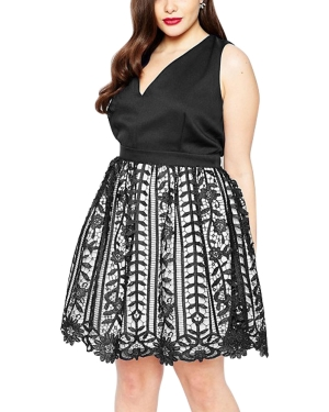 Plus Size Stylish V-neck Flowery Lace Overlay Sleeveless Club Dress 25459-1